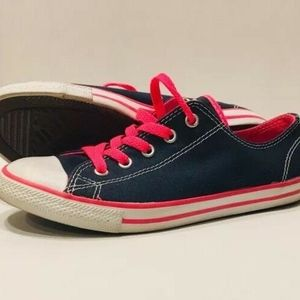 Converse All Star Chuck Taylor US 6 Junior Low Top